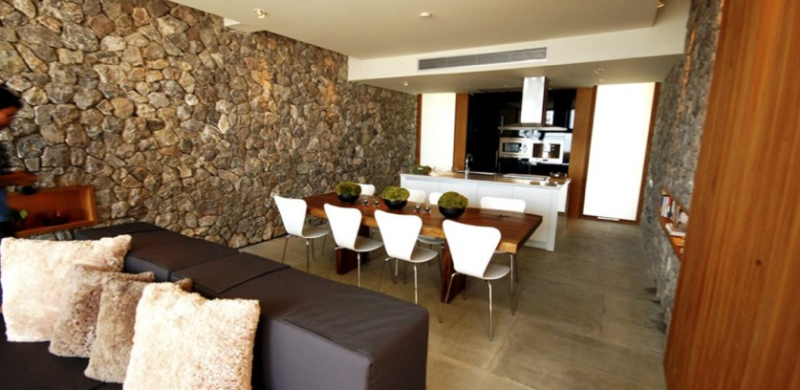 Piedra natural y madera piedras naturales cer micas - Banos con piedra natural ...