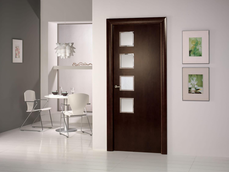 Armarios puertas y vestidores en la exposici n de gibeller for Puertas de madera interiores minimalistas