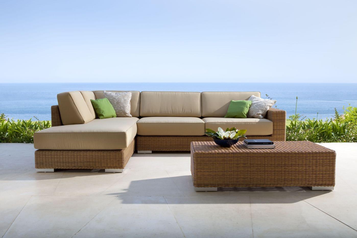 Todas las ideas para amueblar jardines y terrazas point for Muebles de jardin exterior