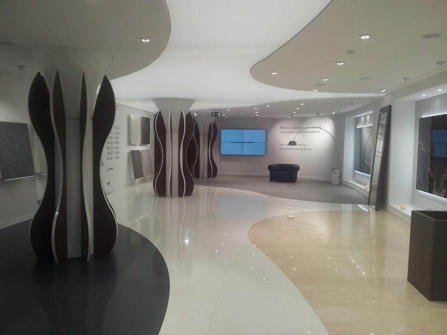 Gibeller asiste a la presentación en exclusiva de MAE, la revolución cerámica de Matimex