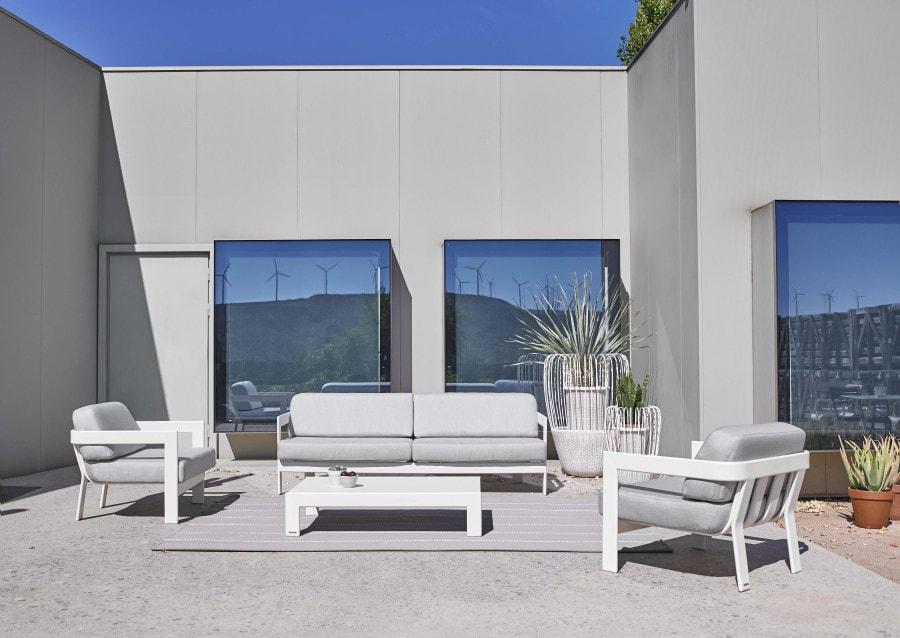 Muebles de exterior modernos