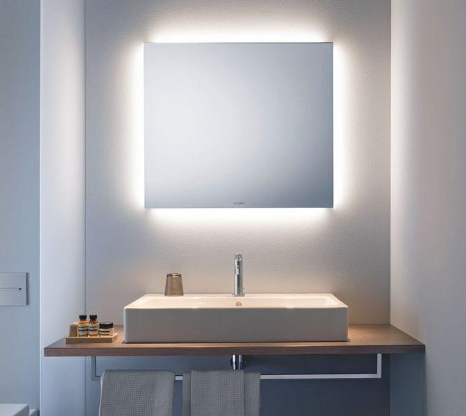 Ventajas de instalar un espejo anti vaho en el baño
