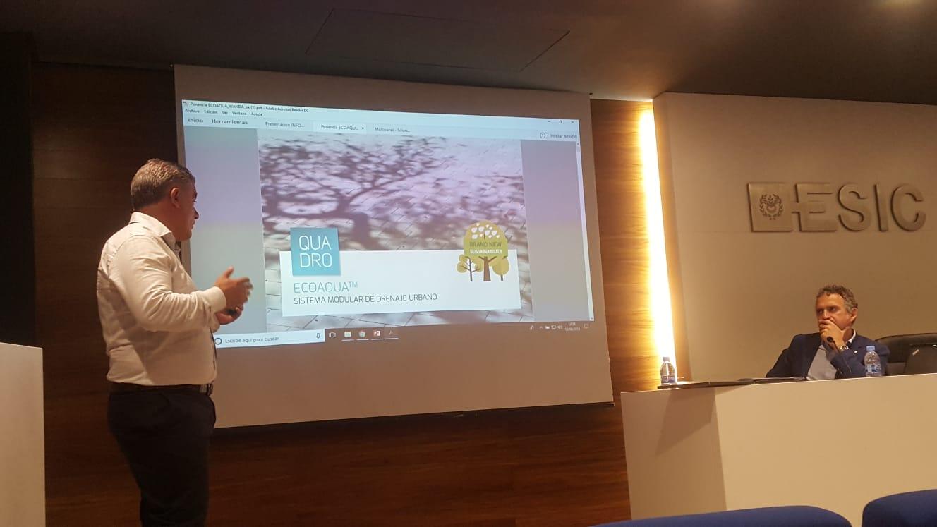 Presentación por Luís Miguel, director general de Quadro