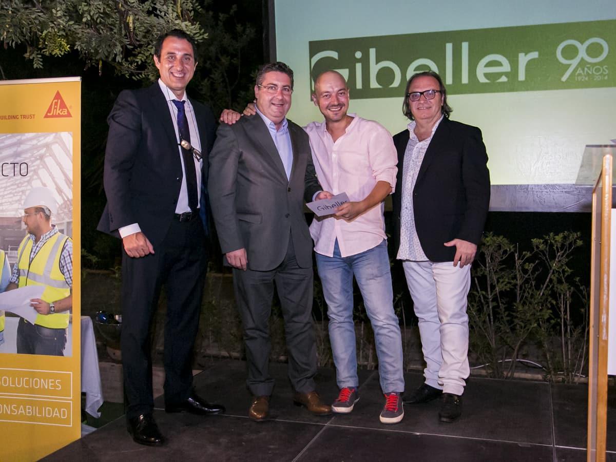 ganador y gonzalo torregrosa en la gala anual de arquitectos