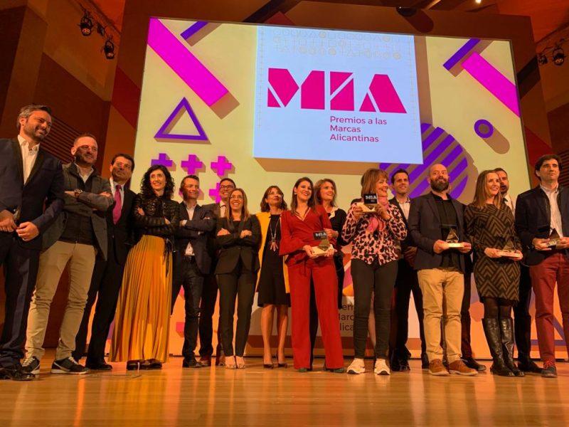 Gibeller entrega el premio MIA Marca Familiar a Grupo Erum