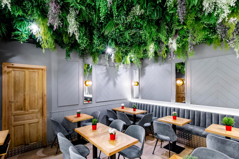 jardín-vertical-en-restaurante